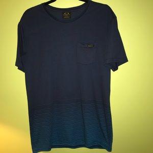 Men's Large Oakley pocket t-Shirt
